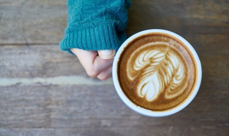 『カフェラテ』と『カプチーノ』はミルクの分量の違い