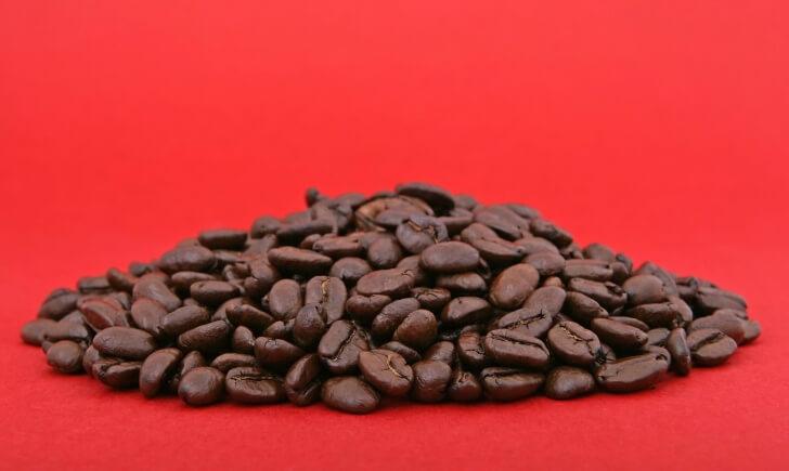 コーヒー豆不足から誕生した飲み方