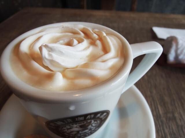 ウィンナーコーヒーの飲み方が知りたい!